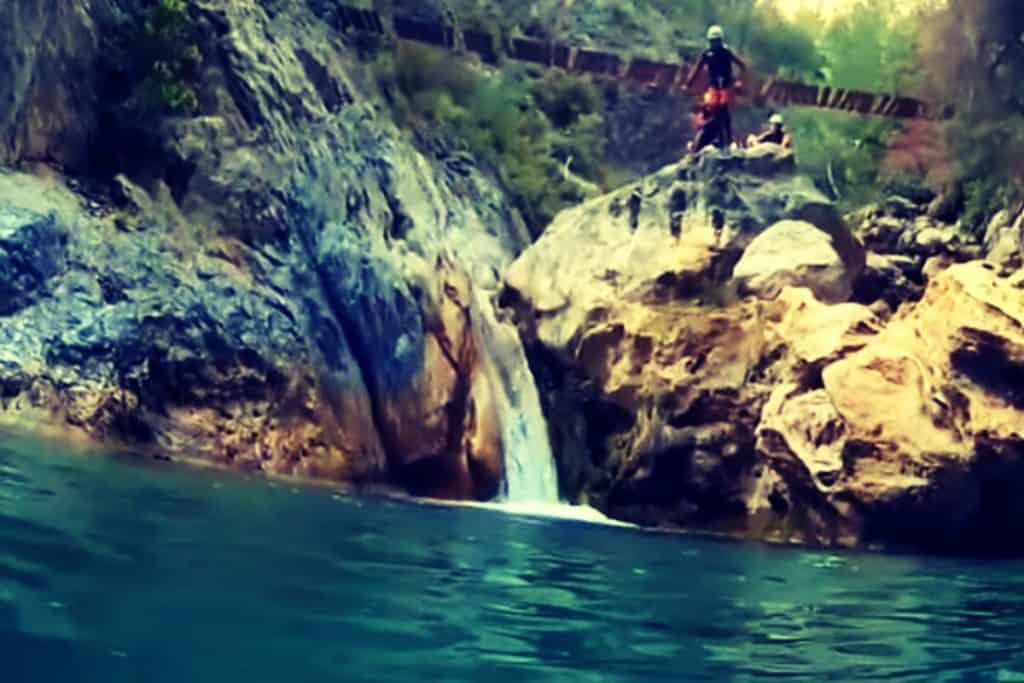 cascadas para realizar barranquismo